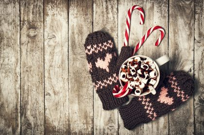 Holiday period gloves and hot chocolate